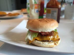Der perfekte BBQ Cheesburger